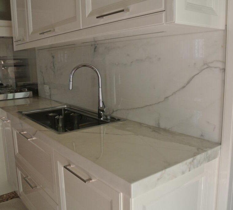 Cucina in Marmo Carrara