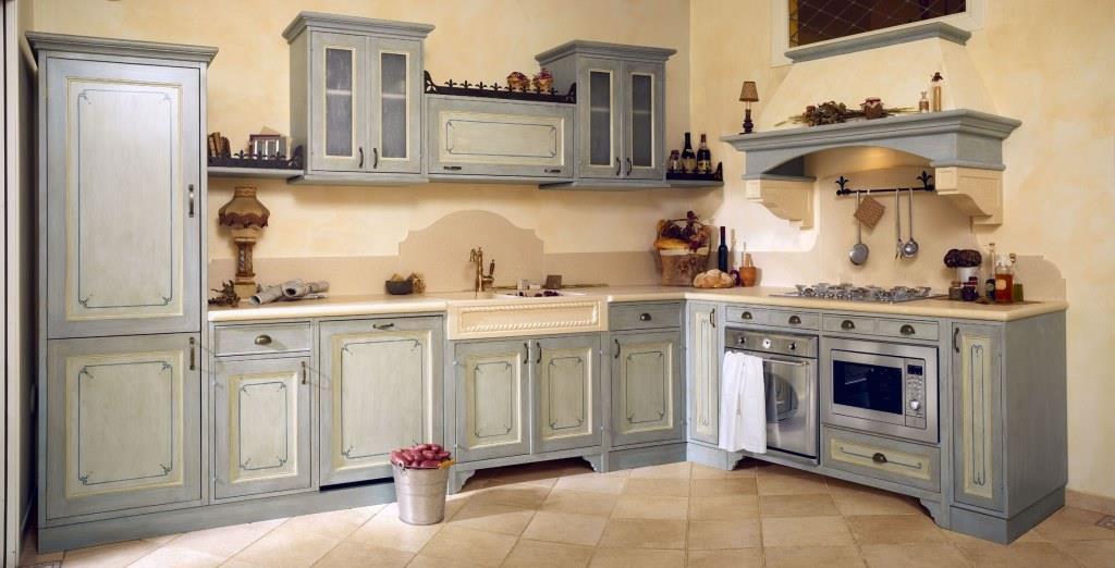 Piano cucina e lavello con decorazioni personalizzate scolpite a mano in pietra bianca
